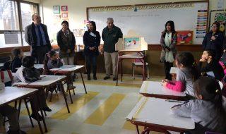 foto visita escuela  global teacher prize